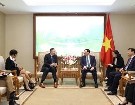 Phó Thủ tướng đề nghị Nike cung cấp độc quyền sản phẩm thể thao cho Sea Games 31