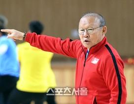 """Báo Hàn Quốc: """"Thầy Park luôn sẵn sàng đương đầu với khó khăn"""""""