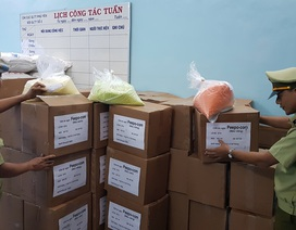 """Phú Yên: Tạm giữ 820 kg """"cốm ăn ngon trẻ em"""" không rõ nguồn gốc"""