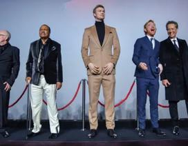 """""""Sao"""" phim """"Star Wars"""" nổi bật trong sự kiện nhờ chiều cao 2,12 m"""