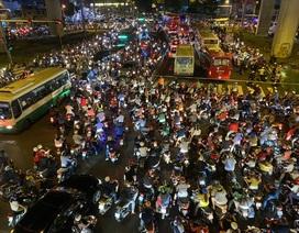 """Cửa ngõ Sài Gòn """"thất thủ"""", CSGT ngăn xe vào trung tâm Thủ Đức"""