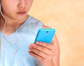 Bé gái 12 tuổi bỏ nhà để theo bạn trai 15 tuổi quen qua mạng