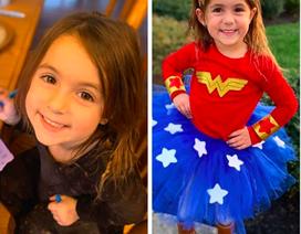 Bé 4 tuổi bình tĩnh gọi điện thoại khẩn cấp cứu sống mẹ bị ngất đột ngột