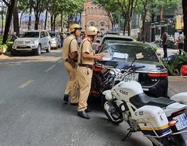 Hàng trăm ô tô cùng bị xử phạt ở trung tâm Sài Gòn