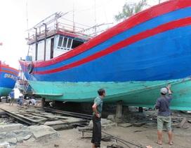 Ngư dân lo lắng vì vay tiền cải hoán tàu cá vẫn chưa chắc được ra khơi