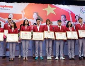 Lễ trao thưởng các VĐV điền kinh giành thành tích cao tại SEA Games 30