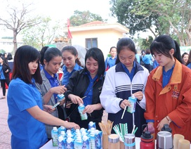"""Tuyên truyền bảo vệ môi trường với triển lãm """"Vì một Việt Nam không rác thải nhựa"""""""