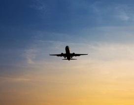 Indonesia: Máy bay đang hạ cánh bị nã súng xối xả