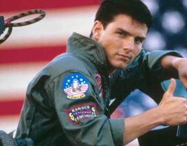 Ông Trump khoe phi công F-35 Mỹ đẹp trai hơn tài tử Tom Cruise