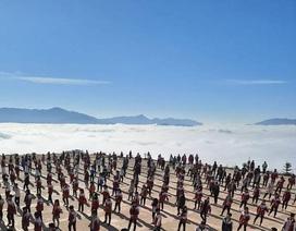"""Dân mạng thích thú với hình ảnh """"trường học trên mây"""" ở Hà Giang"""
