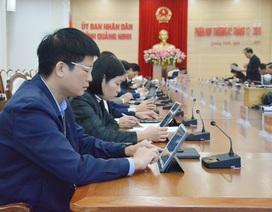 Lần đầu tiên UBND tỉnh tổ chức phiên họp không giấy tờ