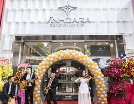 Vĩnh Cara khai trương showroom trang sức đẳng cấp tại Sài Gòn