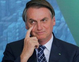 Tổng thống Brazil bị ngã, mất trí nhớ tạm thời