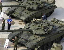 """Choáng ngợp dàn khí tài quân sự """"khủng"""" trong công viên Ái quốc của Nga"""