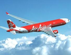 Máy bay Air Asia hạ cánh khẩn cấp xuống Tân Sơn Nhất vì sạc điện thoại phát nổ