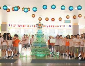 Trường quốc tế Singapore đón Giáng Sinh sớm gây quỹ từ thiện