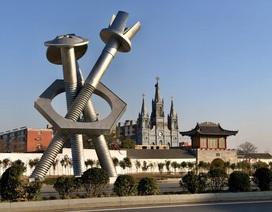 Kinh tế lao đao vì thương chiến, làng ốc vít Trung Quốc chật vật tìm khách mới