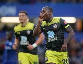 """Chelsea 0-2 Southampton: """"Quà đẹp"""" cho đội khách"""