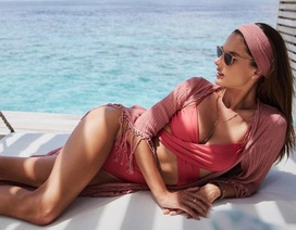 Alessandra Ambrosio vẫn gợi cảm ở tuổi 38