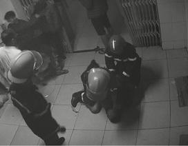 Nam bệnh nhân đốt bệnh viện, xé quần áo nữ y tá bị khởi tố