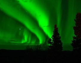 Sự thay đổi bí ẩn trong từ trường Trái đất tạo ra loại cực quang mới