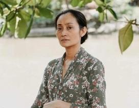 NSƯT Hạnh Thúy khóc, tiết lộ chuyện khó tin khi làm phim Tốt nghiệp đạo diễn