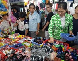 TP.HCM: Hàng ngàn công nhân tham gia phiên chợ nghĩa tình