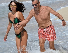 Duncan Bannatyne sánh đôi vợ kém 31 tuổi trên biển