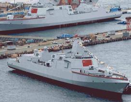 """Trung Quốc ồ ạt đóng tàu chiến hòng """"nuôi"""" tham vọng hải quân"""