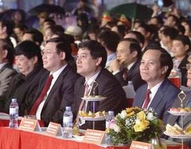 Phó Thủ tướng dự Lễ hội Cam Vinh vàđón năm mới tại Nghệ An