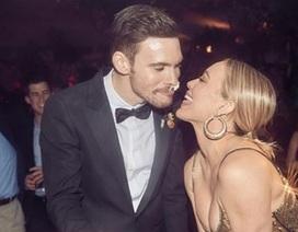 Hilary Duff chia sẻ thêm ảnh cưới