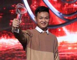"""""""Bách khoa toàn thư"""" Hà Việt Hoàng là 1 trong 10 Gương mặt trẻ Thủ đô tiêu biểu 2019"""