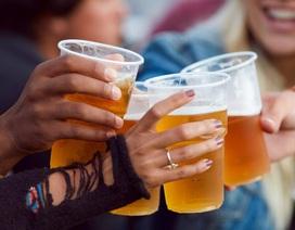 Tối nay uống bia, ngày mai đừng lái xe?