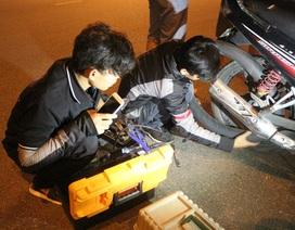 SOS Đà Nẵng: Đội cứu hộ giao thông xuyên màn đêm