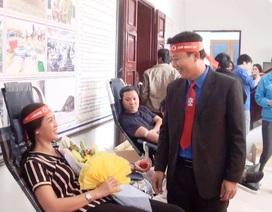 Quảng Bình: Gần 500 người tham gia hiến máu tại chương trình Chủ nhật đỏ