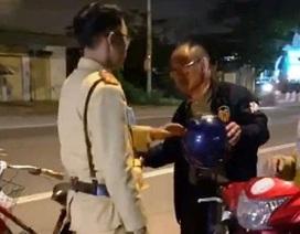 Một người Trung Quốc bị phạt 500.000 đồng vì say xỉn đi xe đạp