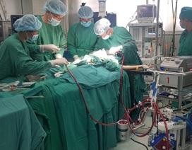 Sẵn sàng ghép phổi cho phi công người Anh nhiễm Covid-19