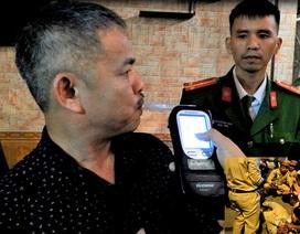 """Hà Tĩnh: 6 ngày, thu gần 300 triệu tiền phạt tài xế """"ma men"""""""