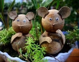 Bonsai hình chuột từ dừa khô thu hút dịp cuối năm