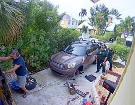 Tiếng kêu cứu khẩn thiết từ một ngôi nhà và cái kết bất ngờ khi cảnh sát đến