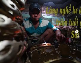 Làng nghề lư đồng trăm tuổi giữa Sài Gòn