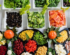 Ăn ít chất béo giúp chị em dễ sống sót hơn khi mắc ung thư vú