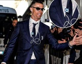 C.Ronaldo gây sốc với máy nghe nhạc iPod Shuffles tuổi đời 10 năm