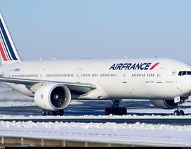 Phát hiện thi thể trẻ 10 tuổi trong càng hạ cánh máy bay Air France tại Paris