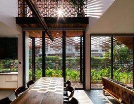 """Ngôi nhà bằng gạch mộc gây ấn tượng bởi thiết kế """"vừa cũ, vừa mới"""""""