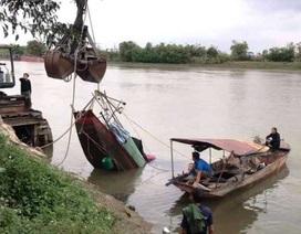 Tìm thấy thi thể người vợ trong vụ lật thuyền đánh cá trên sông