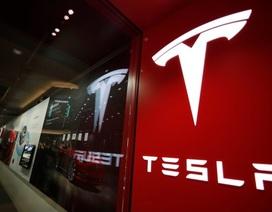 Tesla đã bỏ xa các đại thụ ngành ô tô Mỹ