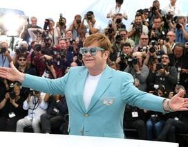 Elton John thừa nhận dùng ma túy là điều tồi tệ