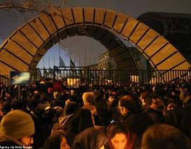 Người Iran biểu tình đòi lãnh đạo từ chức sau vụ bắn nhầm máy bay