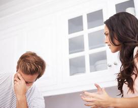 """Tôi muốn """"độn thổ"""" khi nghe chồng đòi nợ mẹ vợ: """"Mẹ còn nợ con 170 nghìn"""""""